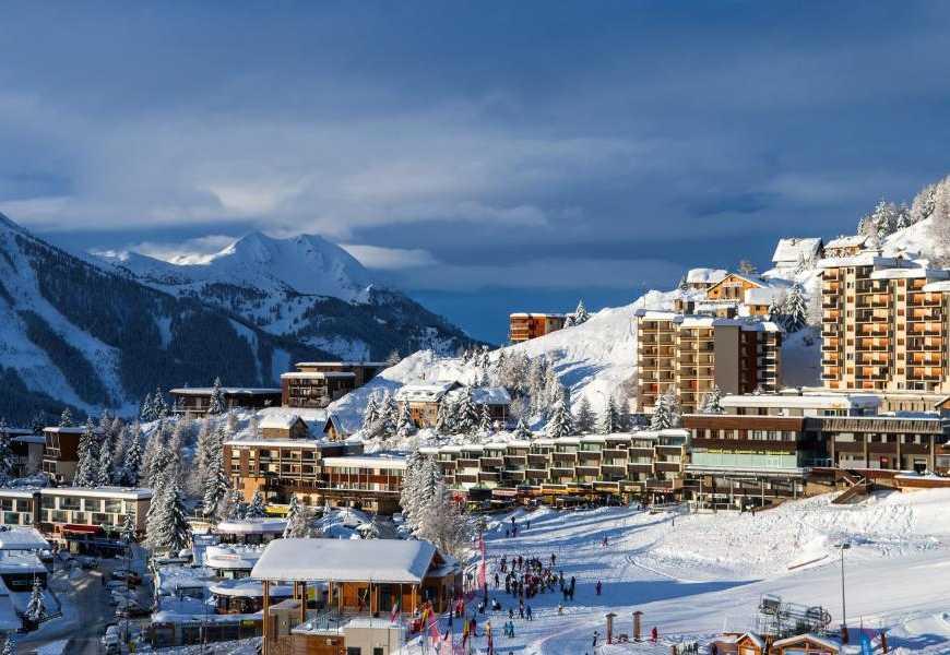 www.ski-planet.com